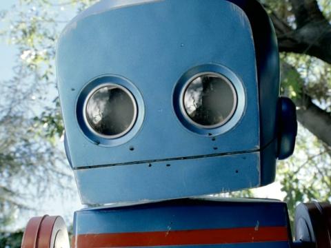Roboboy - OMO - Dirt is Good - Aline Santos Farhat